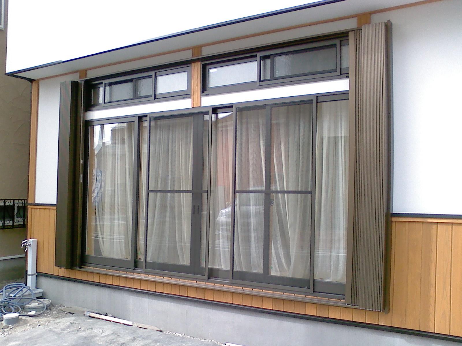 欄窓付サッシに後付け 全開